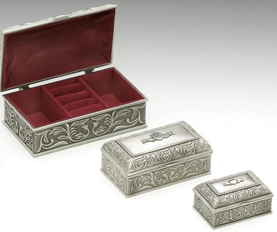Baby Gift Boxes Ireland : Irish pewter celtic claddagh jewellery box house of