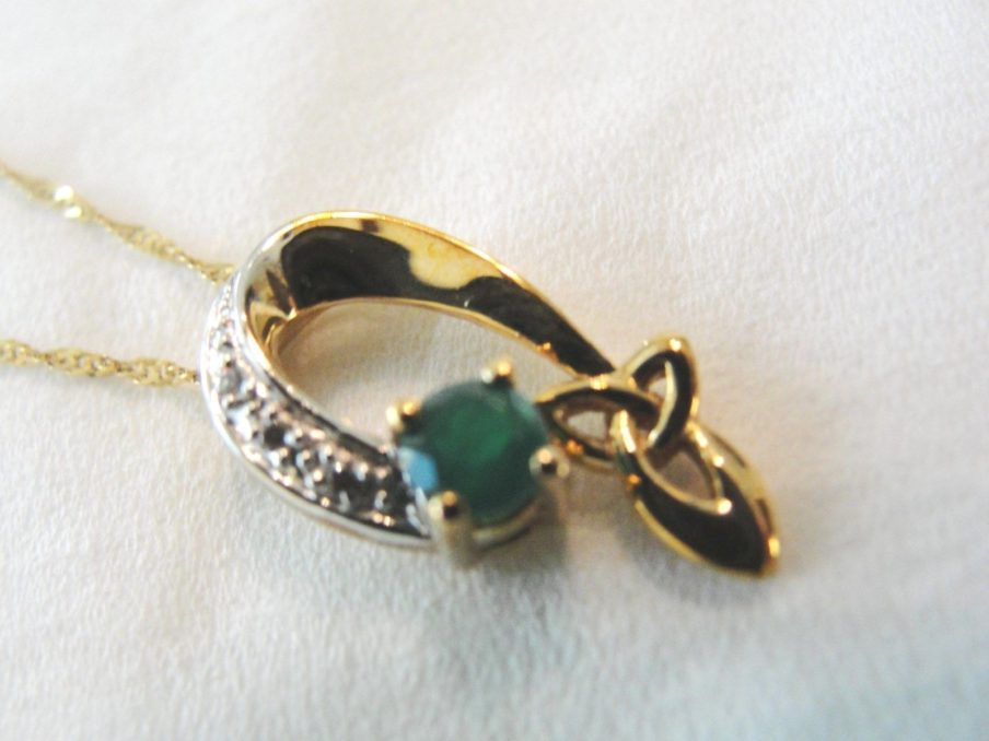 10kt gold trinity knot pendant chain green agate and clear cz 10kt gold trinity knot pendant chain green agate and clear cz house of claddagh irish collections aloadofball Image collections
